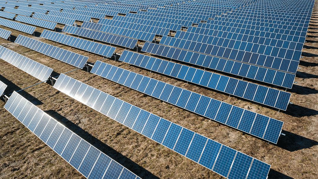 Vrijopnaam wint Europese aanbesteding zonnepark Waalre